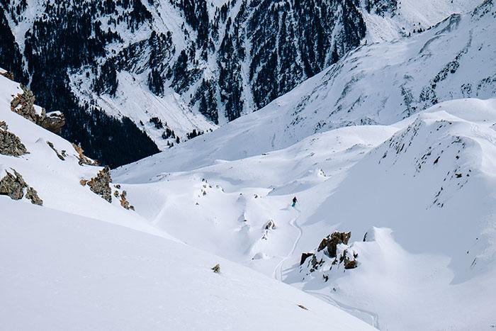 beneficios-para-la-salud-esquiar
