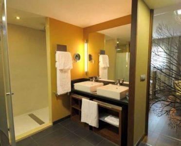 hotel-aneto-benasque-baño