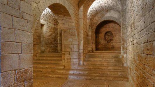 Monasterio-San-Juan-de-la-Peña-Pirineo-oscense