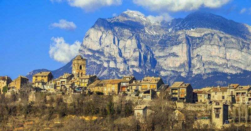 Ainsa - Pirineo Aragones