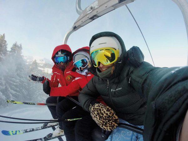 Esquiadores
