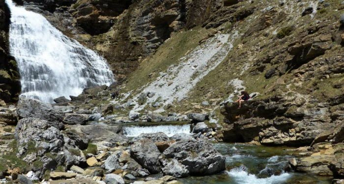 Escapada Pirineo Aragonés: Senderismo Cola de caballo
