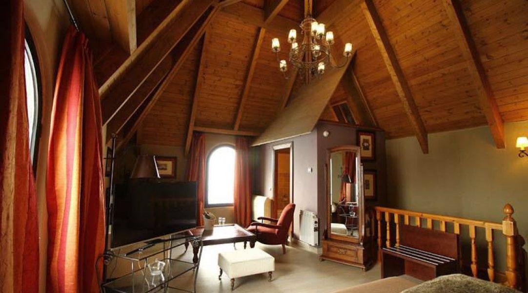 hotel-villa-sallent-recepcion-formigal