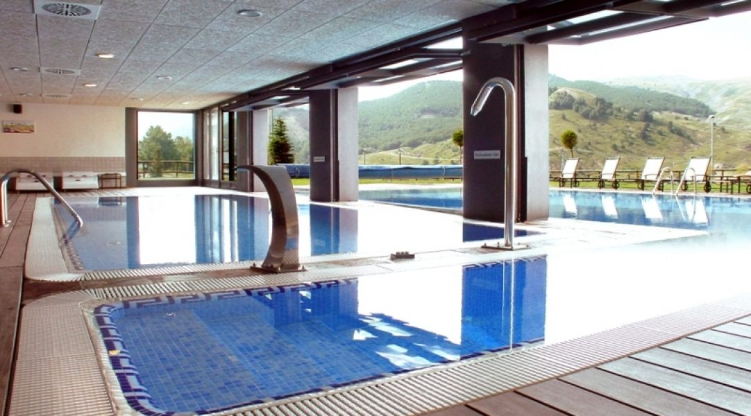 saliecho-hotel-formigal-spa-piscina