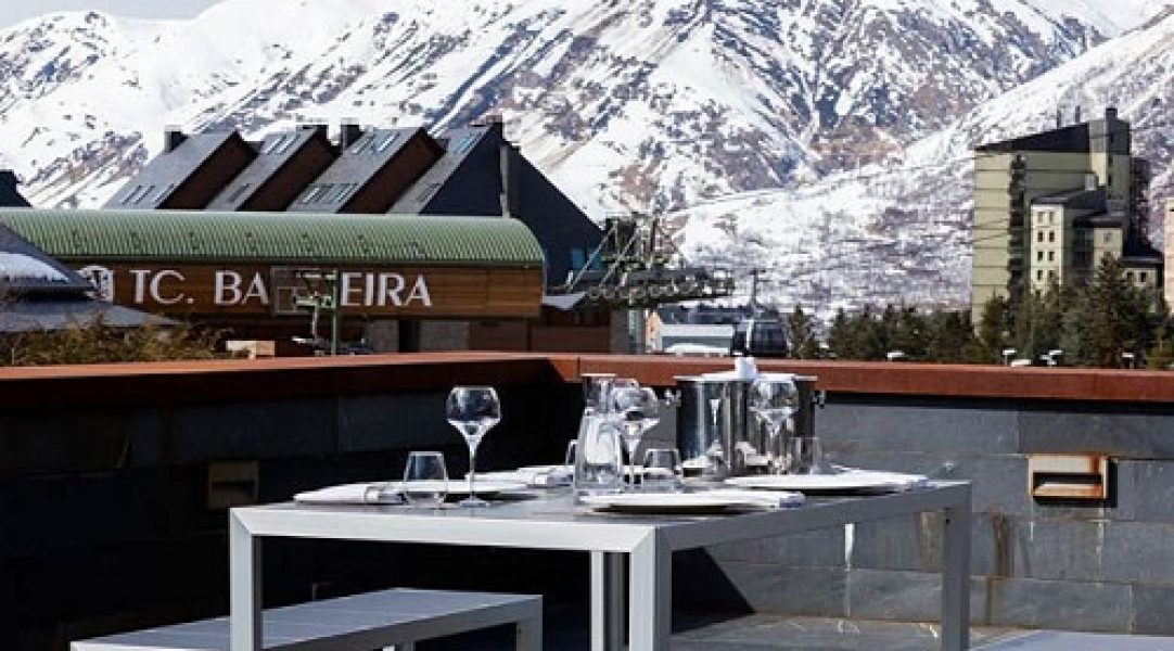 hotel pie pista baqueira beret AC terraza