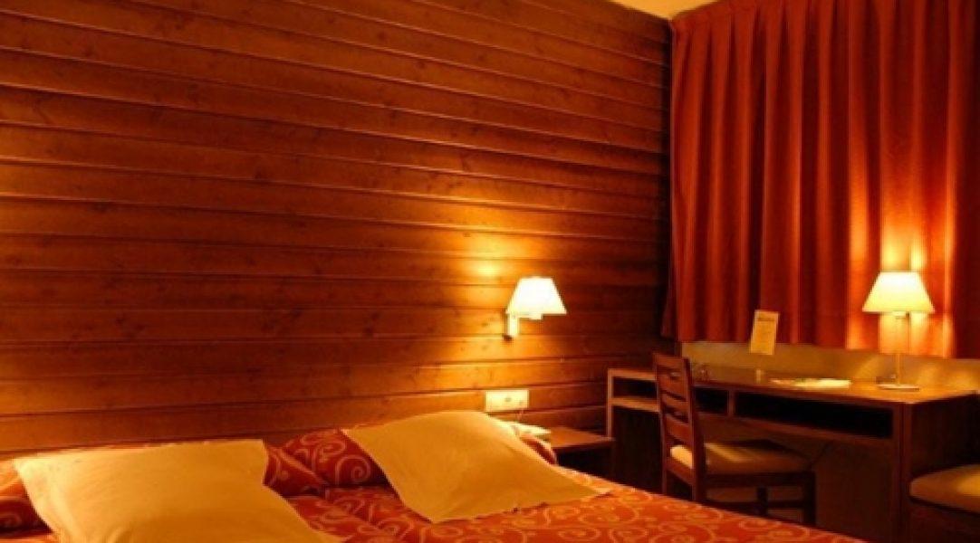 hotel pie pista baqueira beret Tuc Blanc habitaciokn+