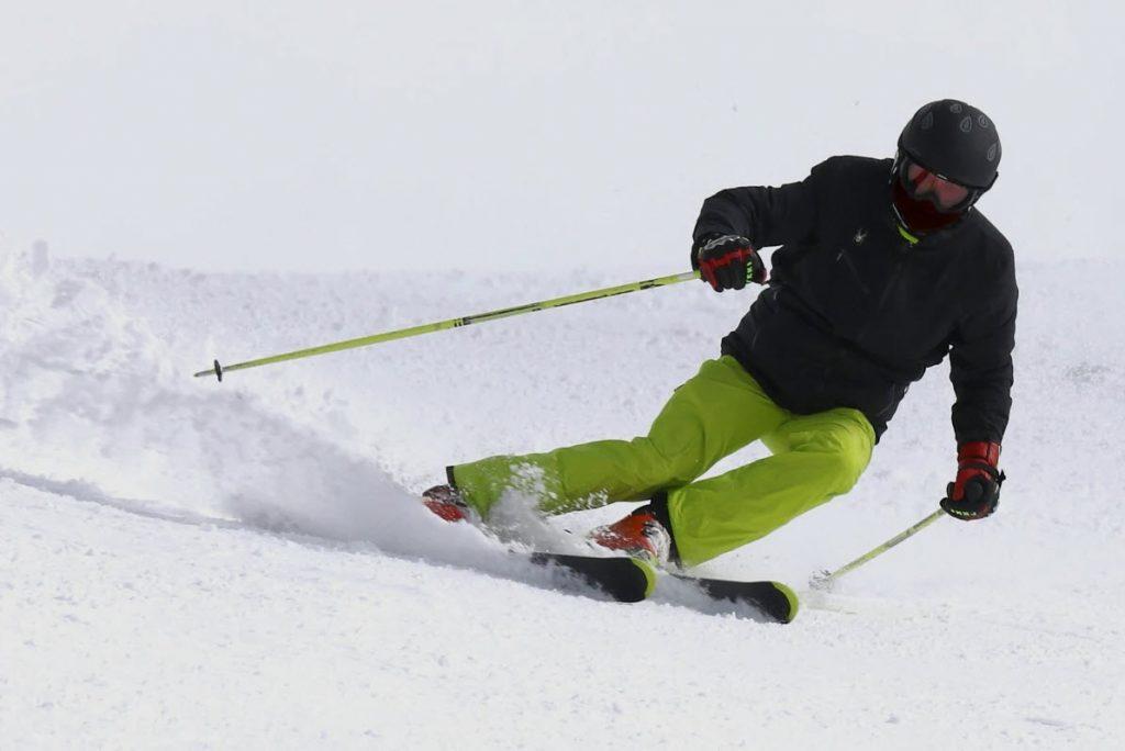 alquilar-comprar-material-esqui