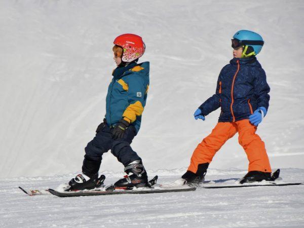 mejor-alquilar-comprar-material-esqui