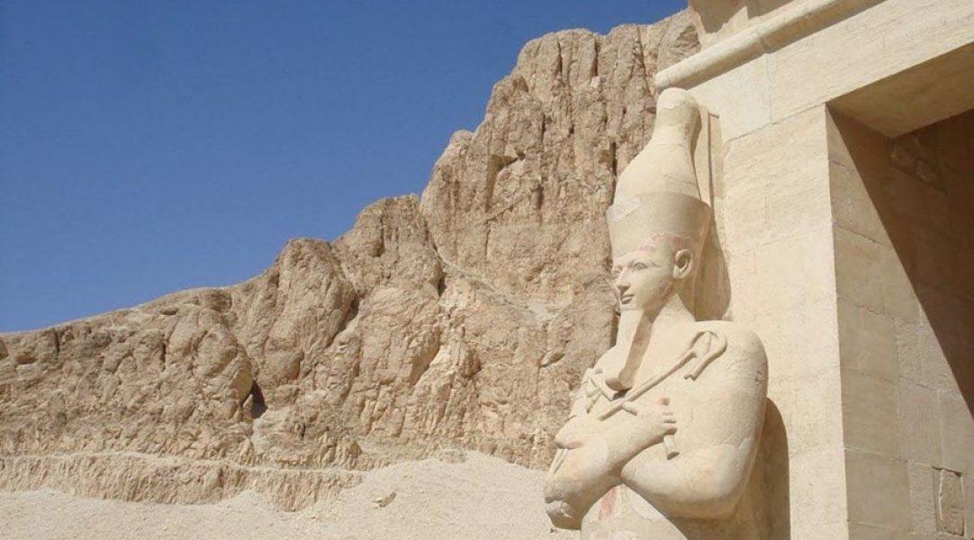 egipto-monumentos-estátuas