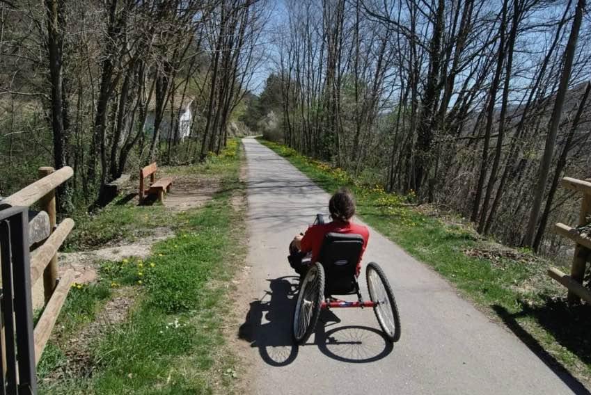Rutas y excursiones adaptadas por el Montseny y Pirineos