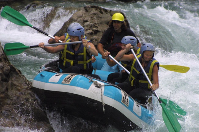 Where to do Rafting in Aragonese Pyrenees