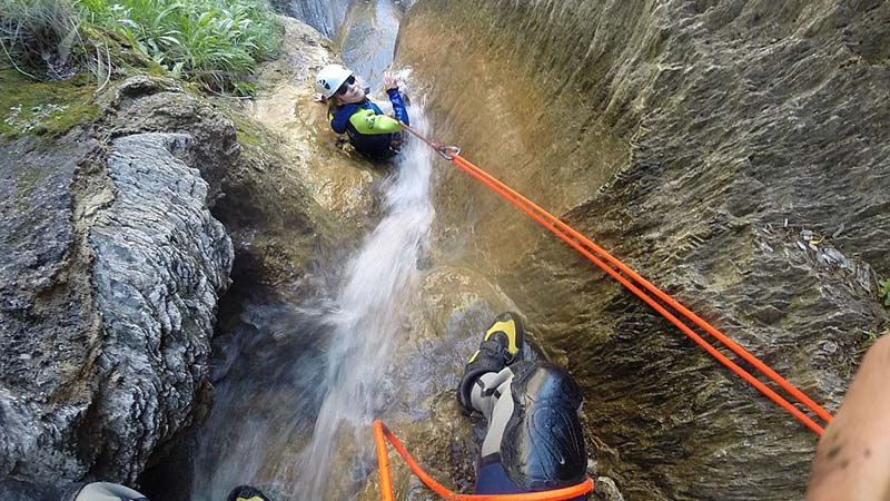 The adventure of canyoning in Andorra