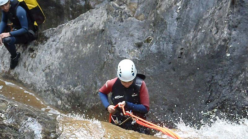 Live canyoning in Andorra
