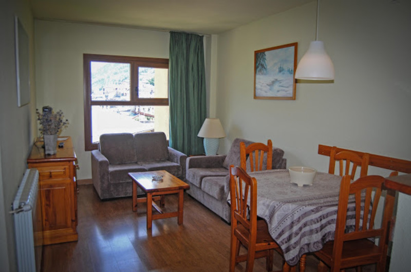 Photos of Apartamentos Yoy Edelweiss Cerler in Cerler, Spain (13)