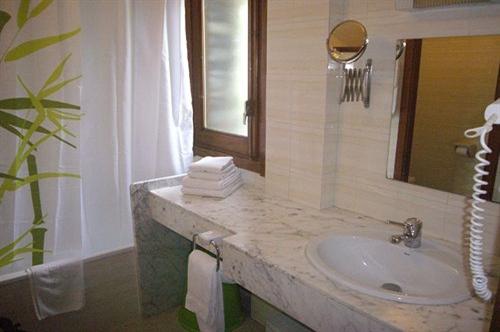 Photos de Aparthotel Sant Andreu à Arinsal, Andorre (14)