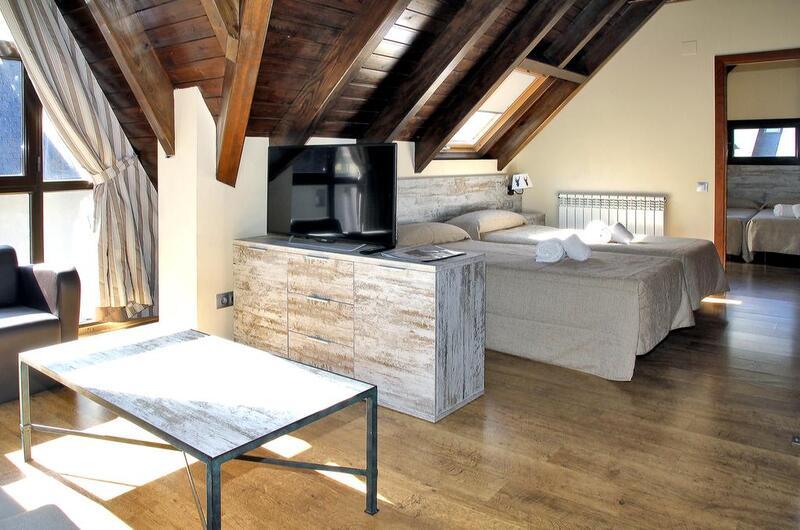 Photos of Aparthotel La Vall Blanca-viella in Vielha, Spain (7)