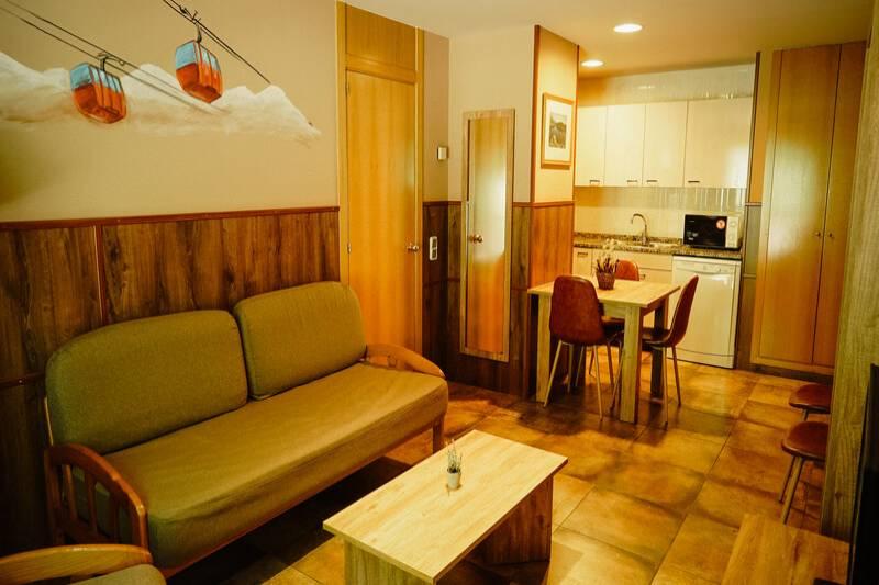 Photos de Aparthotel - Apartamentos La Neu à Ordino, Andorre (12)