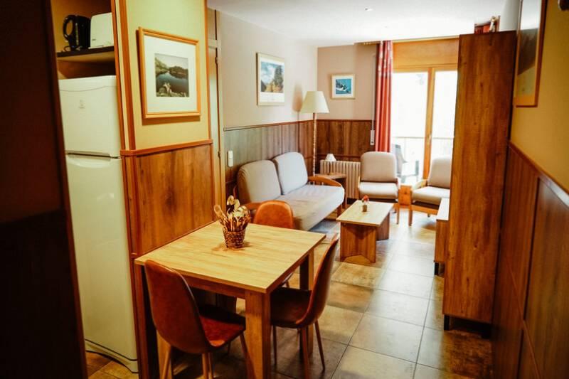 Photos de Aparthotel - Apartamentos La Neu à Ordino, Andorre (13)