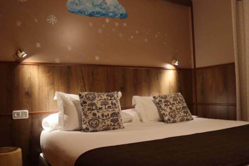 Photos de Aparthotel - Apartamentos La Neu à Ordino, Andorre (17)