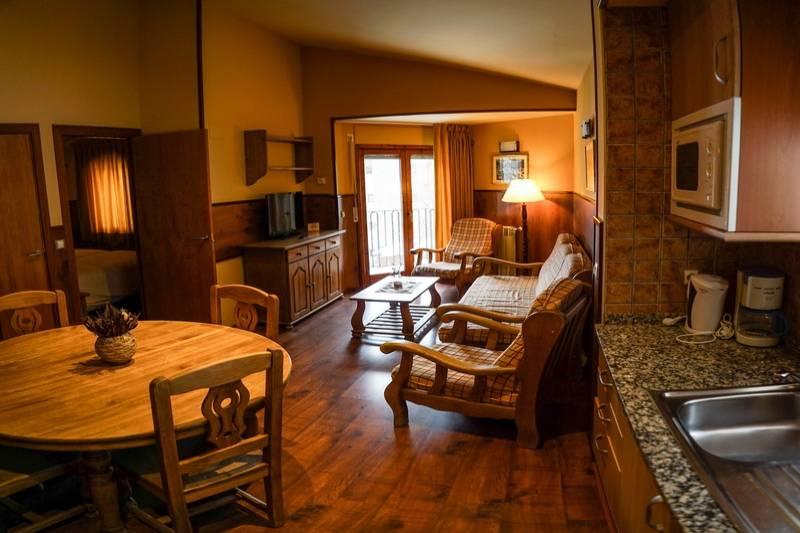 Photos de Aparthotel - Apartamentos La Neu à Ordino, Andorre (31)