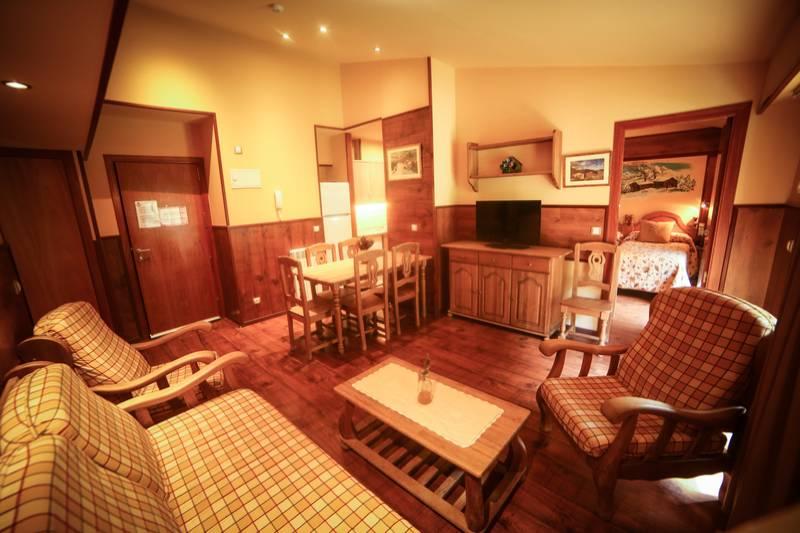 Photos de Aparthotel - Apartamentos La Neu à Ordino, Andorre (33)