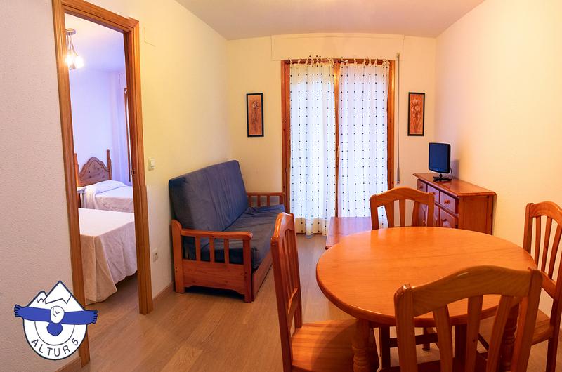 Photos of Apartamentos Altur 5 - Jaca in Jaca, Spain (5)