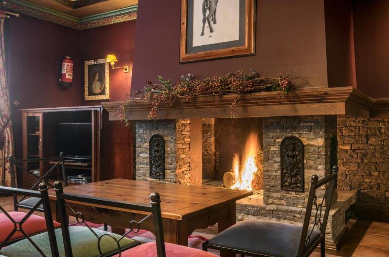 Photos of Suite Apart Spa Eth Refugi D'aran Vielha in Vielha, Spain (8)