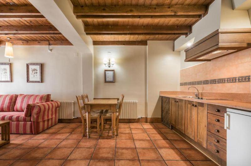 Photos of Suite Apart Spa Eth Refugi D'aran Vielha in Vielha, Spain (9)