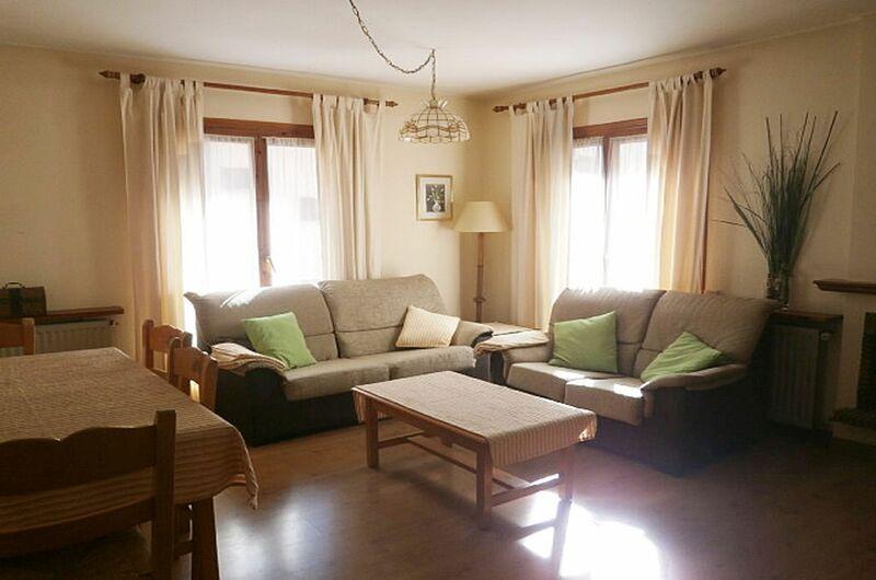 Apartamentos Sallent De Gallego 30009