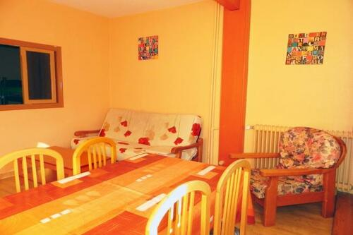 Photos of Apartamentos Candanchu 3000 in Candanchu, Spain (11)