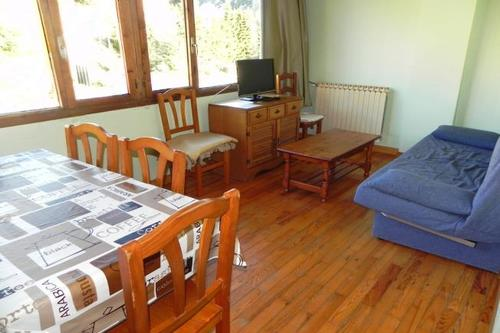Photos of Apartamentos Candanchu 3000 in Candanchu, Spain (2)