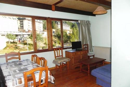Photos of Apartamentos Candanchu 3000 in Candanchu, Spain (21)