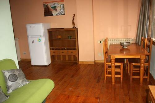 Photos of Apartamentos Candanchu 3000 in Candanchu, Spain (3)