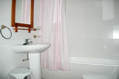 Photos of Apartamentos Sierra Nevada 3000 - Zona Solynieve in Sierra nevada, Spain (10)