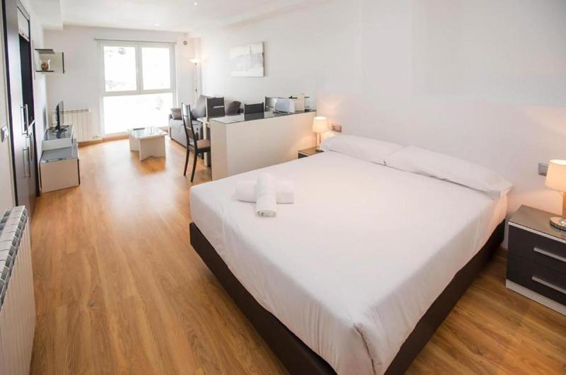 Photos de Apartamentos The Lodge At Ribasol à Arinsal, Andorre (1)