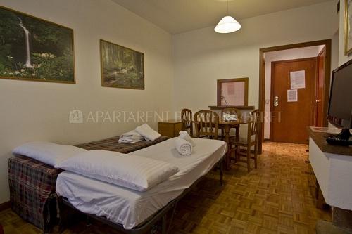 Apartamento Clot Der Os4