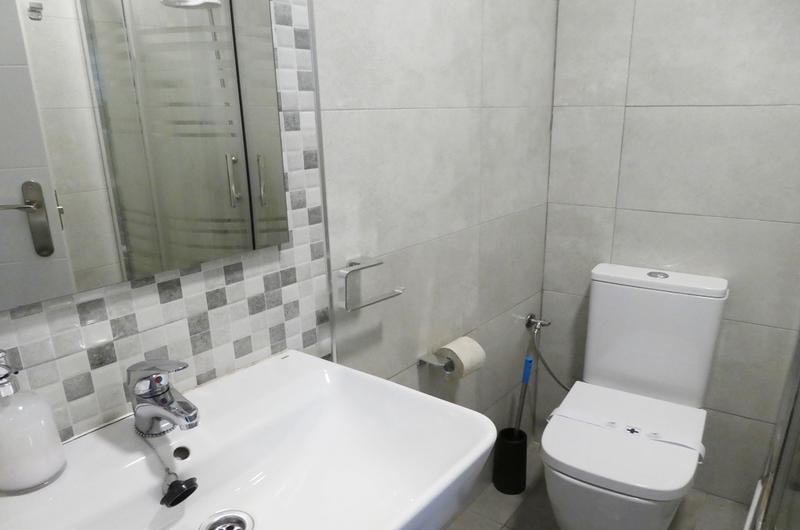 Photos de Apartamentos Mesones 18 3000 à Granada, Espagne (12)