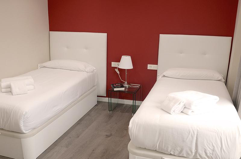 Photos de Apartamentos Mesones 18 3000 à Granada, Espagne (14)