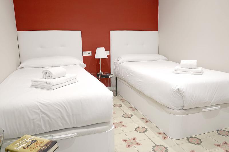 Photos de Apartamentos Mesones 18 3000 à Granada, Espagne (15)