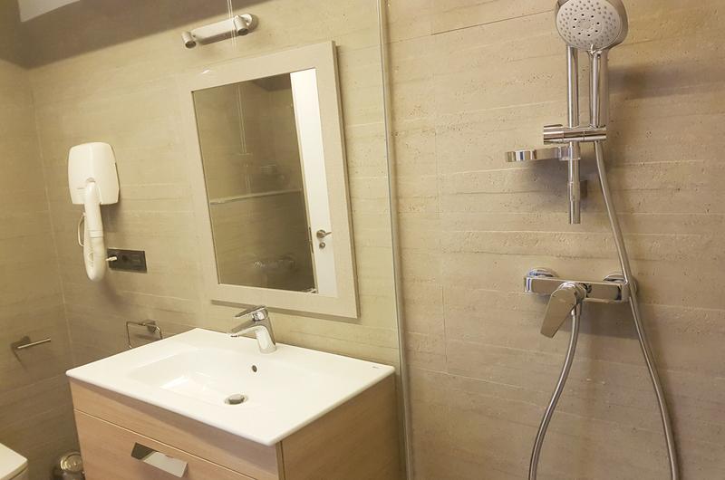 Fotos de Apartamentos Granada Deluxe 3000 en Granada, España (25)