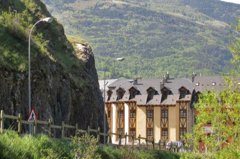 Foto 2 Apartment Aparthotel San Marsial Benasque, Benasque