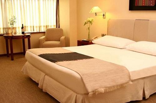 Hotel Galerias Almacruz2