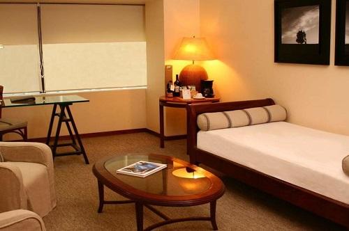 Hotel Galerias Almacruz3