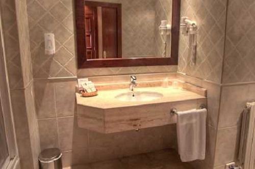 Photos of Hotel Cotiella in CAMPO, SPAIN (4)