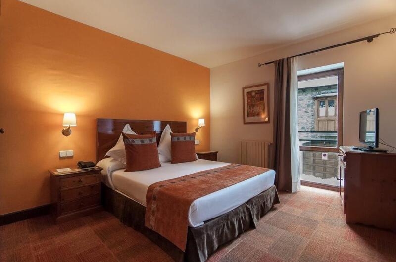 Photos de Hotel Vilagaros à GAROS, ESPAGNE (5)
