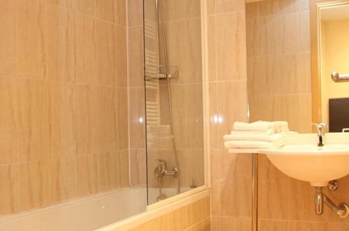 Foto 7 Hotel Hotel La Mola, ENCAMP