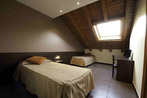 Foto 6 Hotel  Les Estades Hostel, RIALP