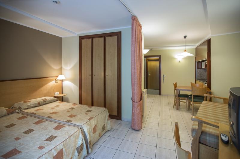 Foto 1 Hotel Annapurna Atiram Aparthotel, ANSALONGA-ORDINO