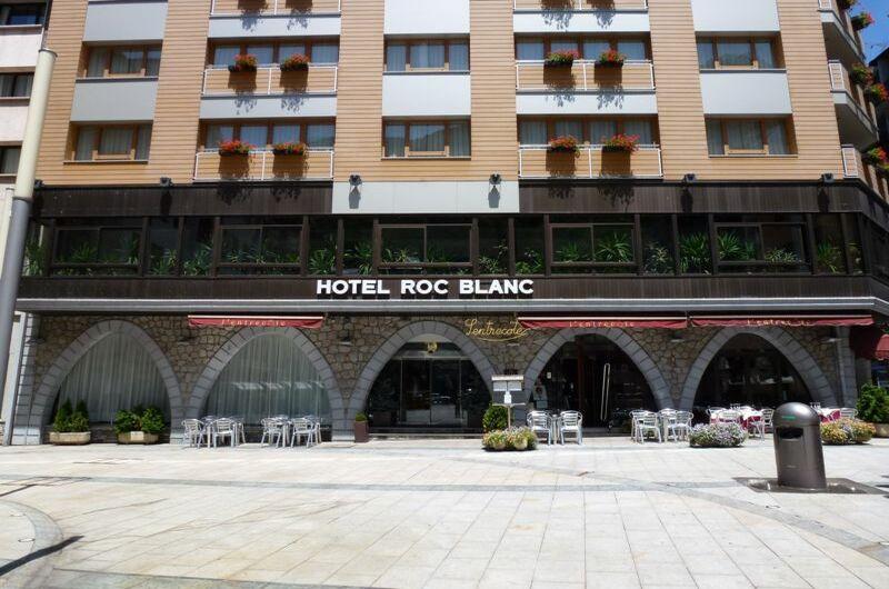Hotel Roc Blanc12