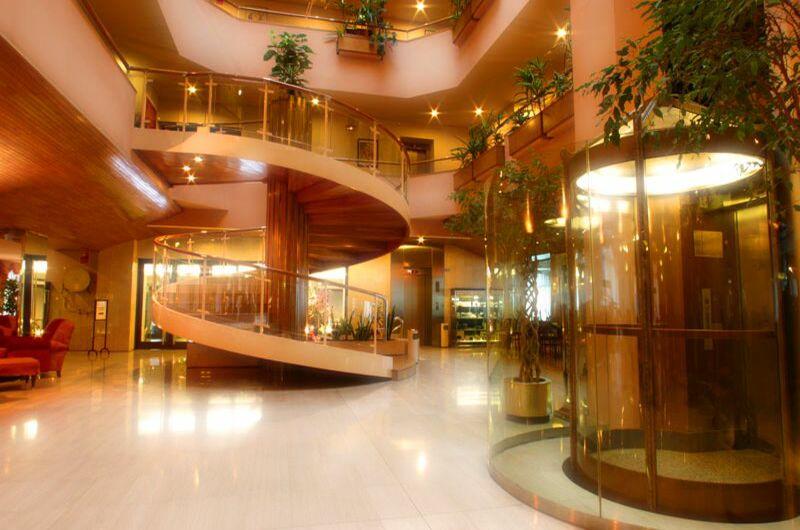 Hotel Roc Blanc2